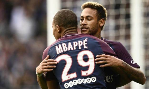 psg-neymar-a-mbappe-j-espere-etre-son-lionel-messi-2743-actu