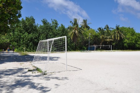 football_bandos_maldives-450x298